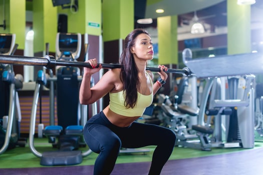 how to do squats for bigger glutes